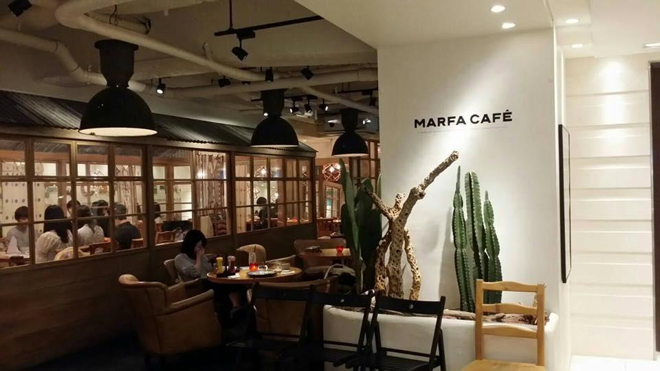 横浜のカフェ・MARFA CAFEの
