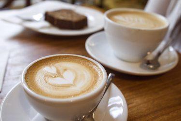 新宿のデートに最適!おしゃれなカフェ10選をご紹介