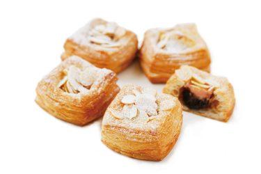 ミニクロワッサンでお馴染みの「Mini One」から、「いちごチョコ」がアニバーサリー限定で登場